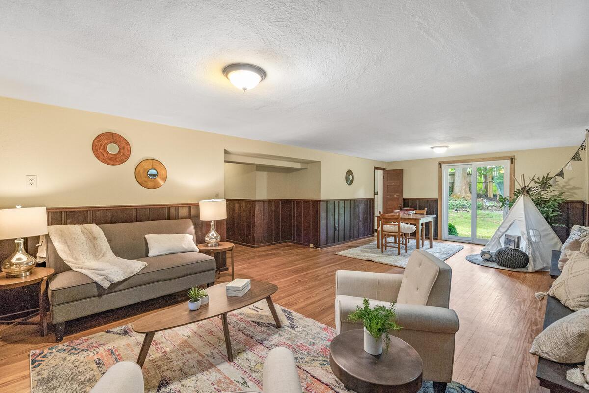 6 Midhurst Rd-031-024-Interior-MLS_Size