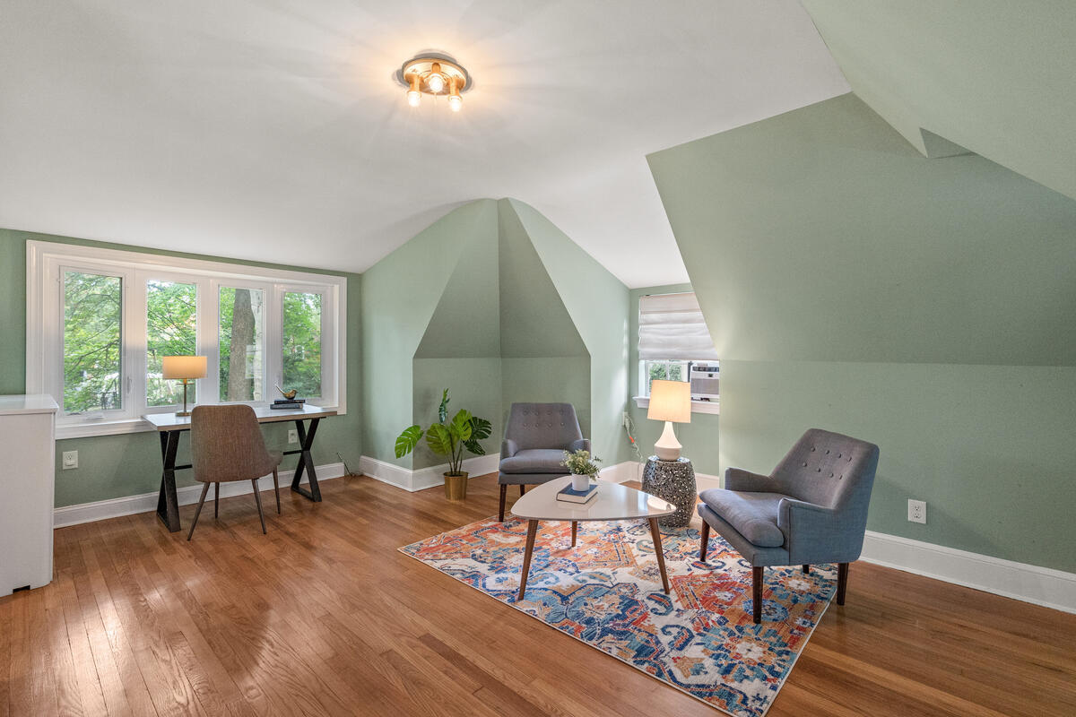 6 Midhurst Rd-036-033-Interior-MLS_Size