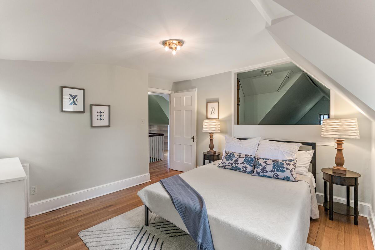 6 Midhurst Rd-042-039-Interior-MLS_Size