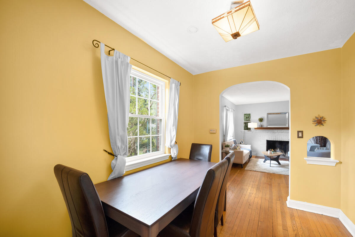 9112 Providence Ave-015-010-Interior-MLS_Size