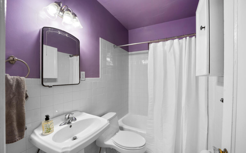 9112 Providence Ave-029-025-Interior-MLS_Size