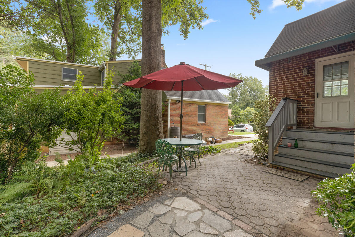 9112 Providence Ave-042-037-Exterior-MLS_Size