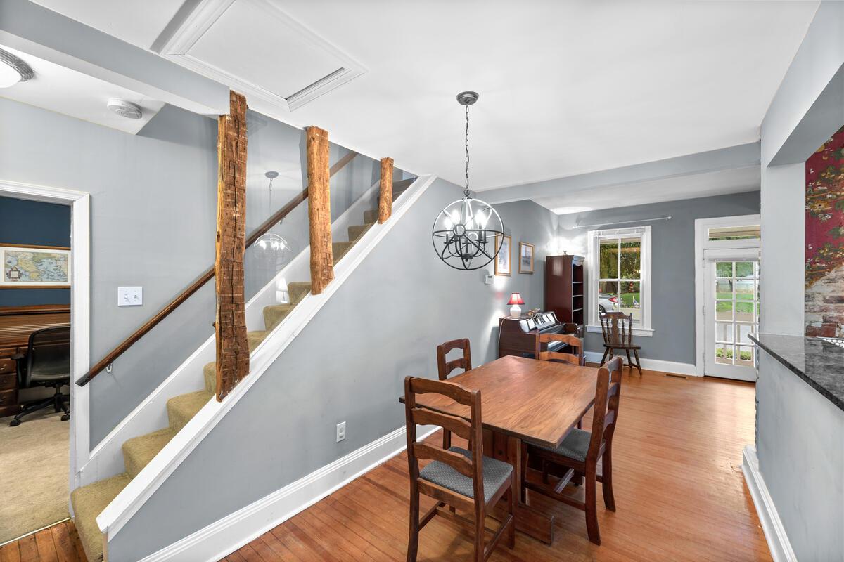933 Montgomery St-013-032-Interior-MLS_Size