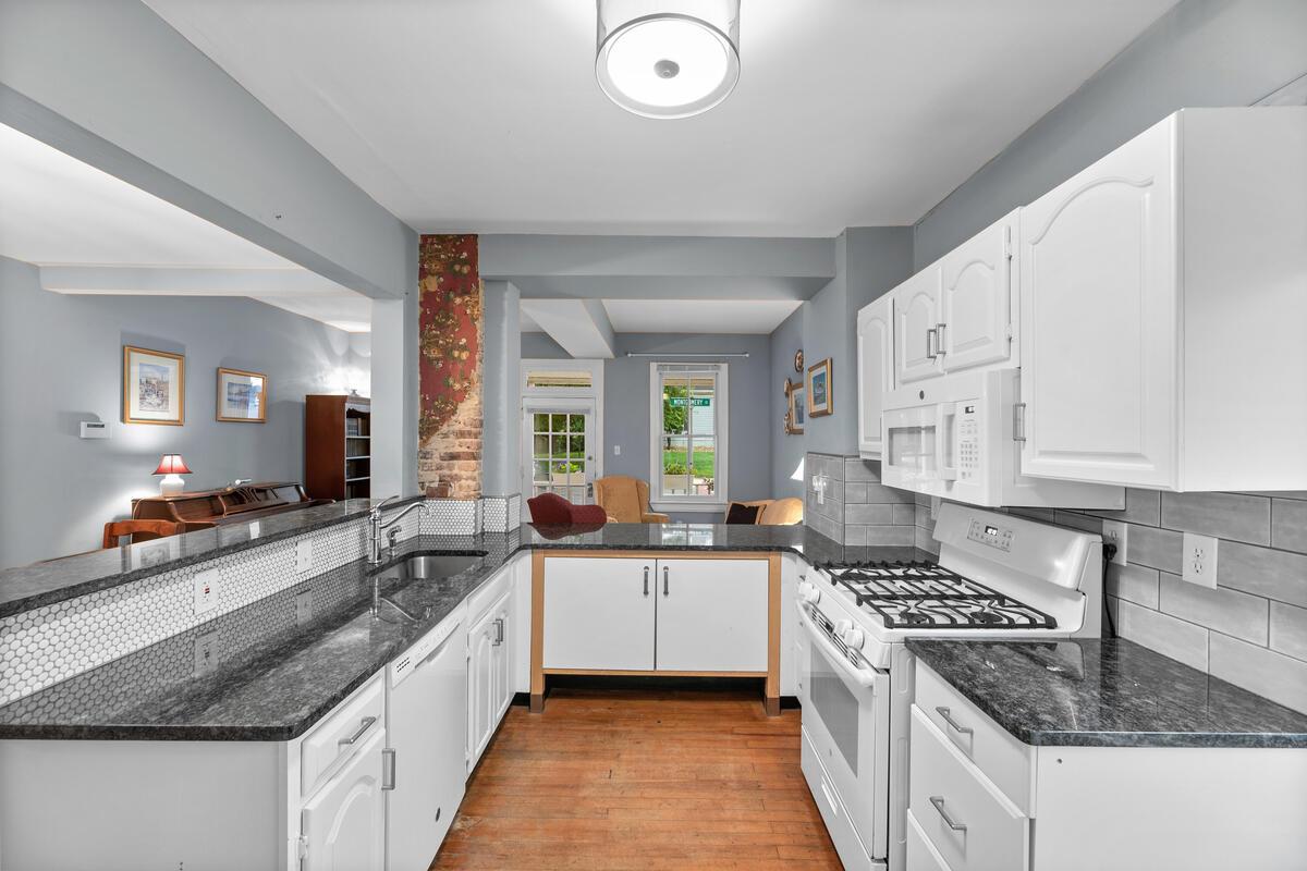 933 Montgomery St-016-043-Interior-MLS_Size