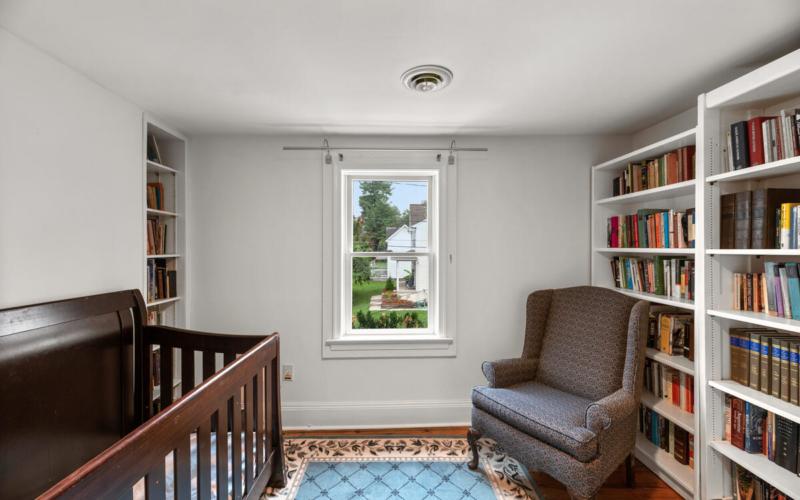 933 Montgomery St-020-009-Interior-MLS_Size