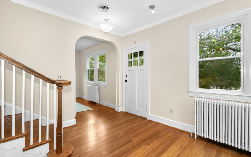 7504 Holly Ave-010-033-Interior-MLS_Size