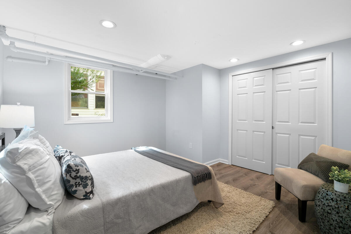 7504 Holly Ave-042-011-Interior-MLS_Size