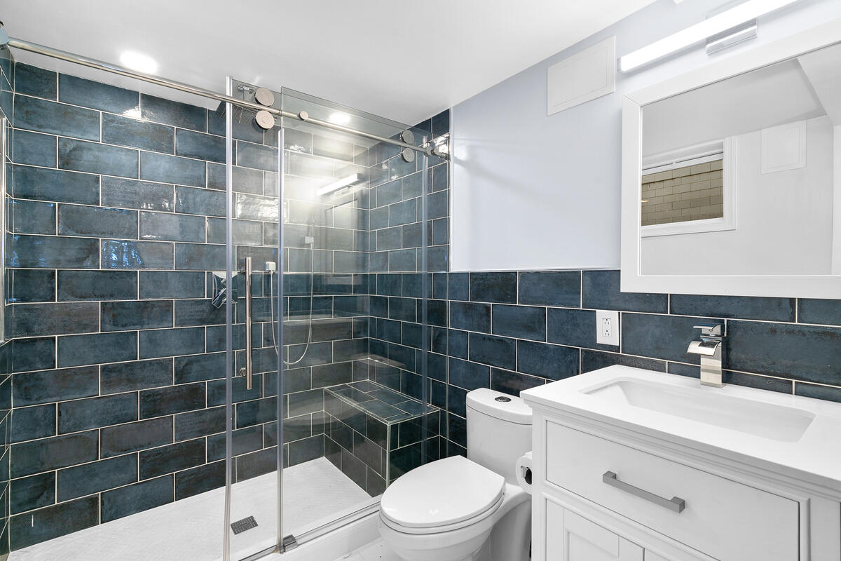 7504 Holly Ave-043-016-Interior-MLS_Size